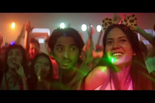 Aurelie Moeremans dan Arya Saloka dalam teaser Menunggu Pagi