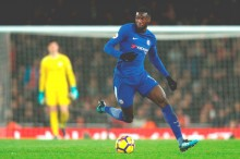 Chelsea Pinjamkan Tiemoue Bakayoko kepada Milan