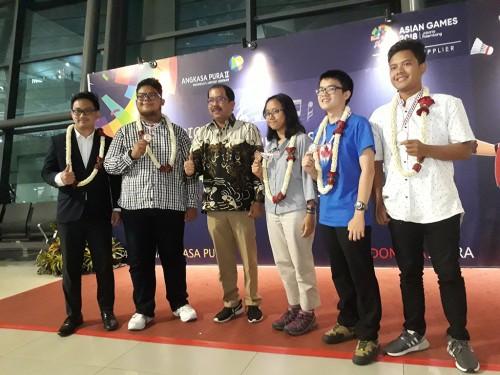Tim Olimpiade Geografi membawa pulang 4 medali di ajang