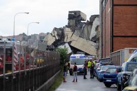 Jembatan di Genoa Italia Ambruk, Puluhan Orang Diduga Tewas