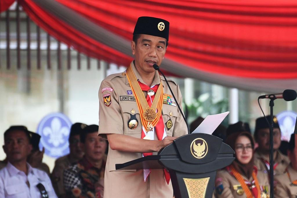 Jokowi Ingin Pramuka Juga Diajarkan <i>Coding</i> dan <i>Artificial Intelligence</i>