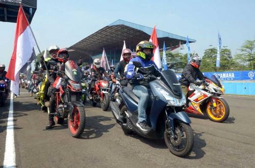 Klub dan komunitas Yamaha seru-seruan bareng di Sirkuit Sentul.