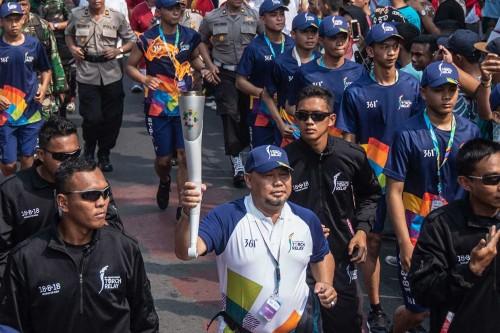 Pawai Obor Asian Games Mulai Lintasi Jakarta