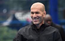 Zidane Siap Gantikan Mourinho Musim Depan
