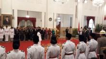 Jokowi Kukuhkan Paskibraka Upacara HUT ke-73 RI