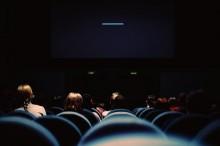 Cara Memperkenalkan Anak ke Bioskop