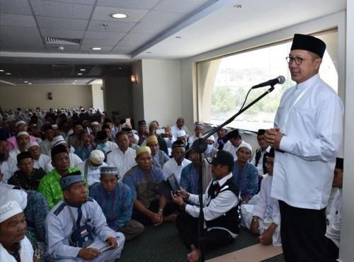 Menteri Agama Lukman Hakim Saifuddin saat memberi tausiyah di