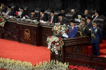 Jokowi Pamer Aset yang Dikuasai Asing Kembali ke Pelukan Ibu Pertiwi
