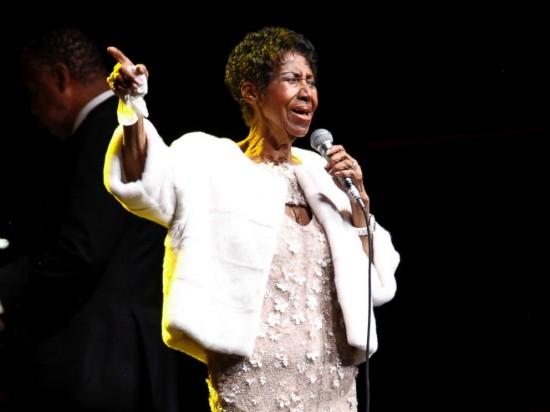 Legenda Musik Aretha Franklin Meninggal Dunia