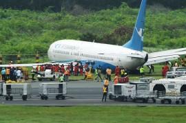 Pesawat dengan 157 Penumpang Tergelincir di Bandara Manila