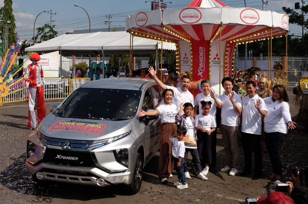 Xpander Tons of  Real Happines sambangi Semarang.. mitsubishi