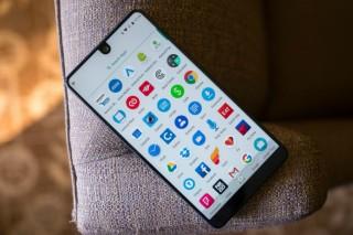 Essential Phone Dijual Setelah Kebagian Android 9 Pie