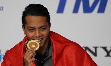 Siman Sudartawa Pembawa Bendera Indonesia di Upacara Pembukaan Asian Games