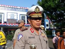 Polisi Tutup Jalan di Depan FX Sudirman