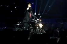 Warganet Komentari Tingkah Presiden Jokowi di Pembukaan Asian Games