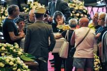 Warga Italia Kenang Korban Tragedi Jembatan Genoa