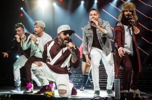 Cuaca Buruk, Konser Backstreet Boys di Oklahoma Dibatalkan