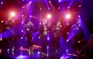 Badai di Lokasi Konser Backstreet Boys, Belasan Penggemar Luka-luka