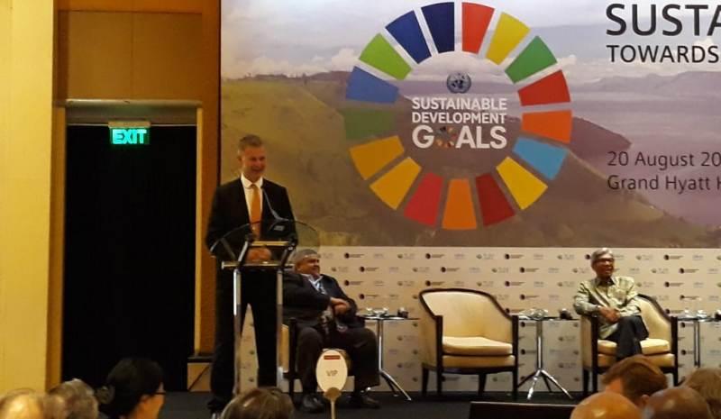 Direktur Eksekutif Perserikatan Bangsa-Bangsa untuk Lingkungan Erik Solheim tegaskan kelapa sawit kurangi angka kemiskinan di Indonesia (Foto: Marcheilla Ariesta).