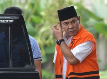 Sidang Lanjutan Suap Bupati Abdul Latif Batal Digelar