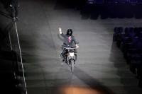 Jokowi Bermotor pada Pembukaan Asian Games untuk Hiburan