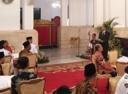 Jokowi Ajak Joni ke Dufan dan TMII
