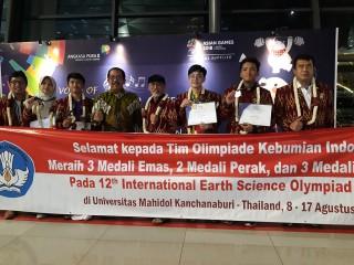 Indonesia Peringkat Tiga Dunia Olimpiade Kebumian