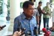 VP Kalla Visits Lombok, Meets Earhquake Victims