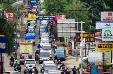 Geliat properti di suburban Jakarta