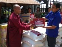Media Group Serahkan Bantuan untuk Bayi Korban Gempa Lombok