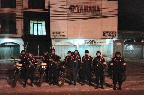 Tim Pengurai Massa Berpatroli Antisipasi Begal di Bandung