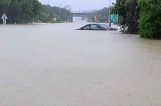 Enam Orang Tewas dalam Banjir di Taiwan