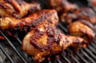 Cara Memanggang Ayam agar Dagingnya <i>Juicy</i> dan Tidak Kering