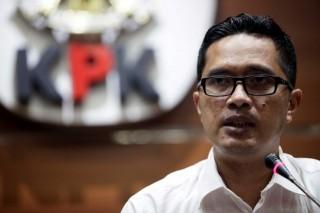 Tersangka Suap DPRD Sumut Melawan saat Ditangkap