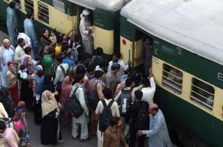 Pejabat Kereta Api Nasional Pakistan Ajukan Cuti 730 Hari