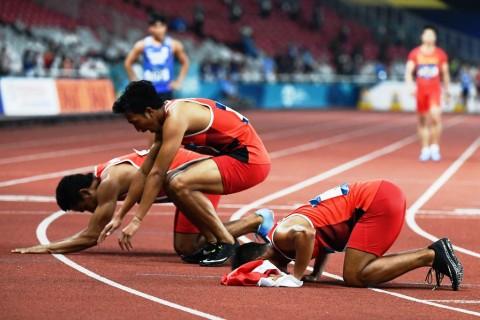 Tim Estafet 4x100 Meter Putra Pecahkan Rekor Pribadi