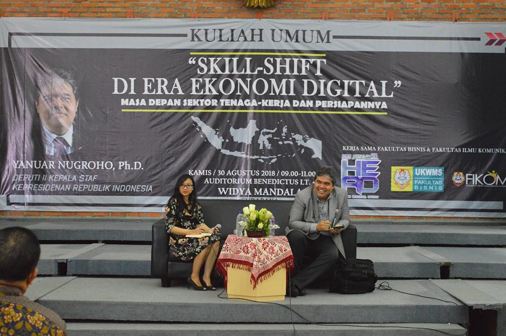 Kuliah umum dengan tema Skill Shift (Pergeseran Keahlian) di Era Ekonomi Digital, di kampus UKWMS, dokumentasi Humas UKWMS.