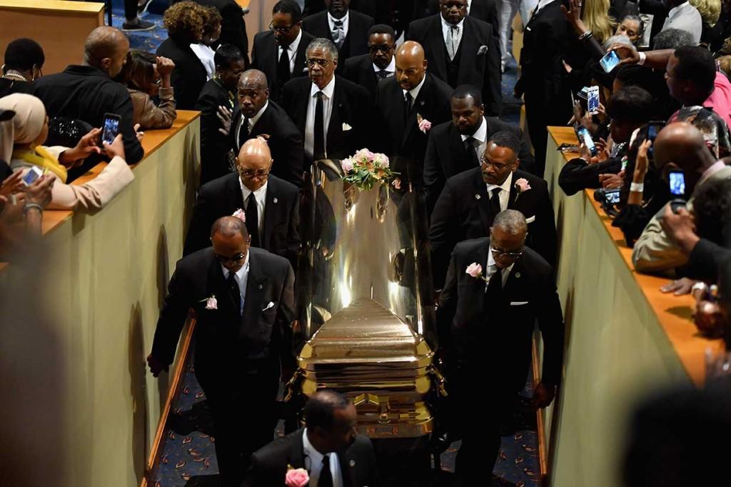 Aretha Franklin Dimakamkan