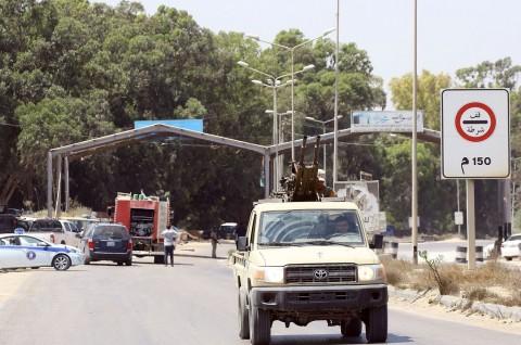 Pertempuran Baru Bergolak, Tripoli Dihujani Roket