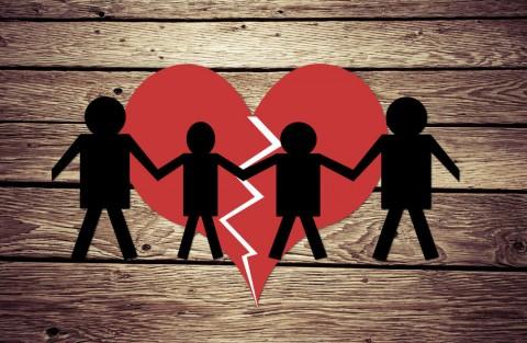Beberapa Alasan Perceraian yang Mungkin Mengejutkan