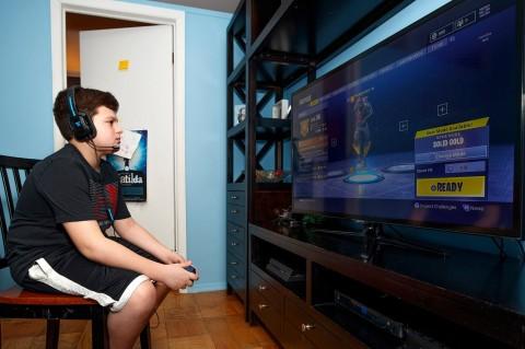 Gegara Fortnite, Anak Tega Lukai Orangtuanya