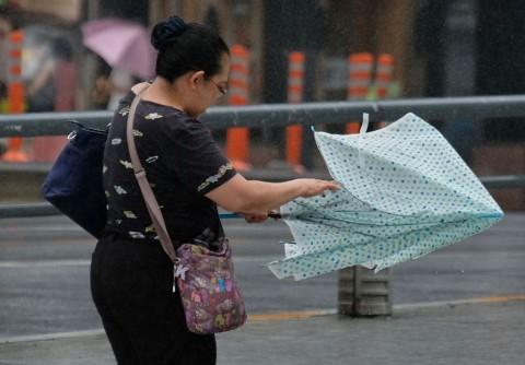 Pemerintah Jepang Persiapkan Evakuasi Jelang Badai Jebi