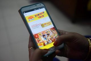 Pelaku Usaha Menimbang Pajak <i>e-Commerce</i>