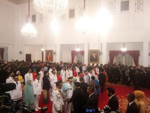 Jokowi Lantik 9 Gubernur Terpilih