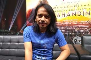 Libatkan Eks Gitaris RHCP dan Soimah, Album Terbaru Dewa Budjana Dirilis Akhir 2018
