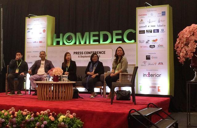 Homedec 2018 menawarkan produk yang beragam mulai dari kitchen cabinet, smart home technology, electronik, furniture hingga konsultasi interior. medcom.id/Rizkie
