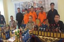 Pabrik Miras Berkedok Toko Soundsystem Digrebek di Padang