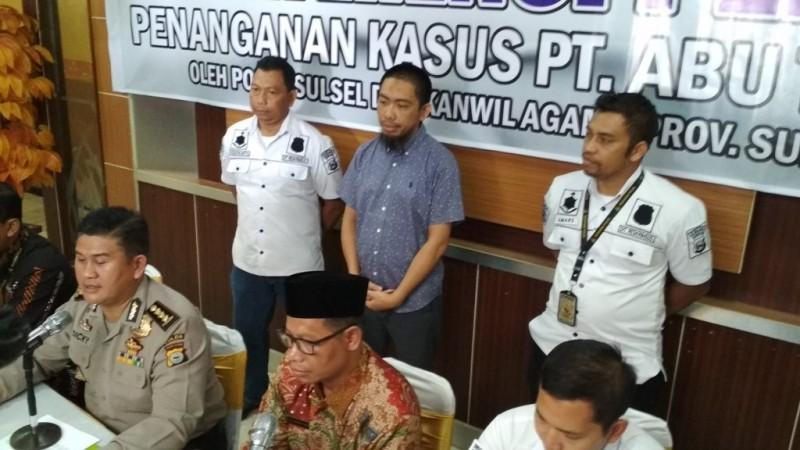 Hamzah Mamba saat ditangkap petugas Polda Sulsel. Medcom.id/ANDI AAN PRANATA