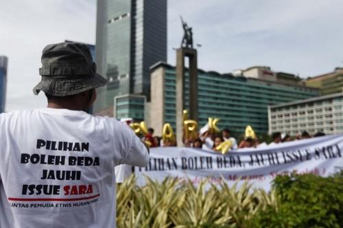 Aksi Lintas Pemuda Etnis Nusantara menolak isu SARA dalam