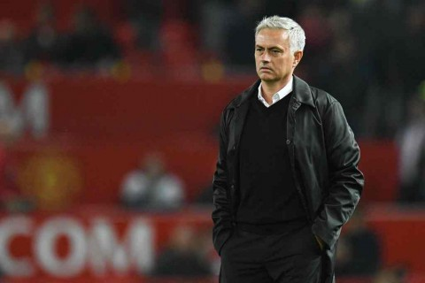 Eric Cantona: Mourinho tidak Pantas Tangani MU